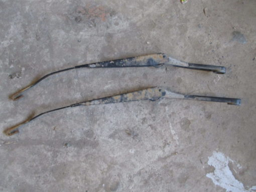 дворник  (левый , правый ) daewoo nexia ( дэу нексия )