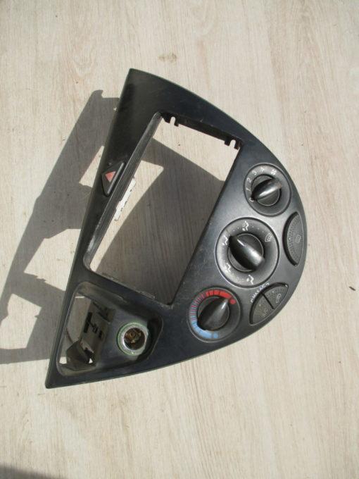 блок управления отопителем, кондиционером ford focus 1 ( форд фокус ) 2003г
