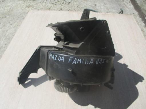 вентилятор отопителя в корпусе mazda familia, 323 bj5w ( мазда фамилия ) 99г