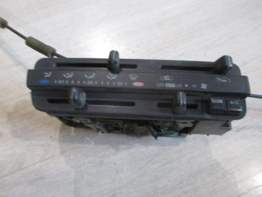 блок управления отопителем ( печкой ), кондиционером toyota corsa nl40 ( тойота корса ) 93г