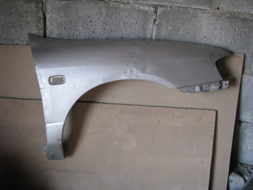 Крыло переднее правое nissan primera p11, ( ниссан премьера ).