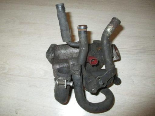 корпус термостата двигателя cd20 дизель nissan serena kvnc23 ( ниссан серена ) 94г.